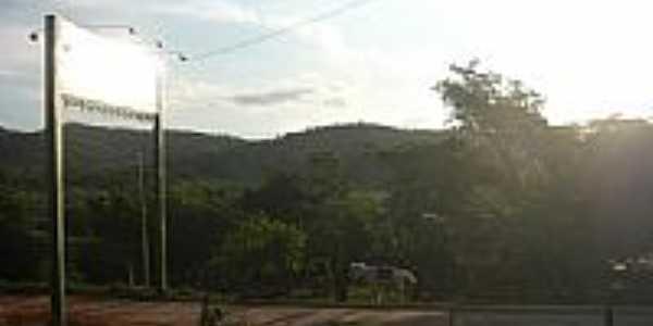 Entrada da cidade  de Guarinos-Foto:ciscarrijo
