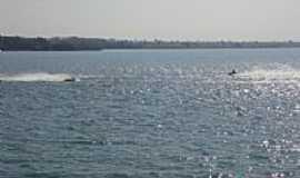 Inaciolândia - Lago do Rio dos Bois