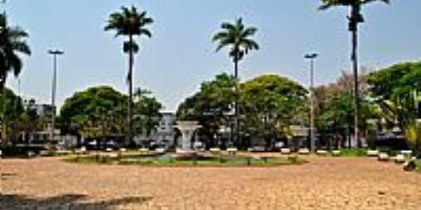 Inhumas-GO-Praça Belarmino Essado-Foto:Arolldo Costa Oliveira