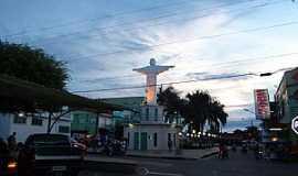Coari - Coari-AM-Cristo no centro da cidade-Foto:marcelotec