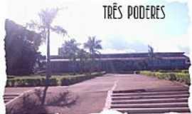 Itapaci - Praça dos Três Poderes - Itapaci-GO