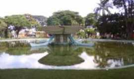 Itapuranga - Praça castelo branco, Por Paulo Cesar