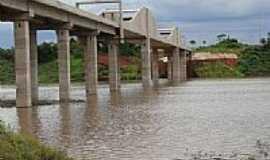 Itarumã - Ponte sobre o Rio Verde em Itarumã-Foto:Ricardo Mercadante