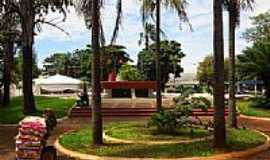 Itumbiara - Itumbiara-GO-Praça da Prefeitura-Foto:Ricardo Mercadante