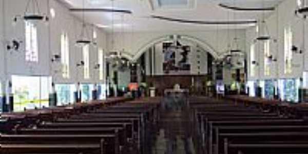 Itumbiara-GO-Interior da Catedral de Santa Rita de Cássia-Foto:Ricardo Mercadante