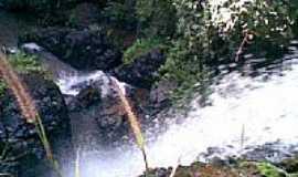 Joviânia - Cachoeira do Córrego da Pindaíba - Entrada de Joviânia-GO por Leandro R Costa