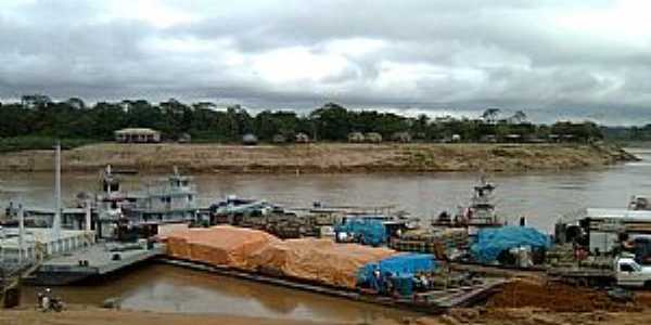 Eirunepe-AM-Balsas no porto-Foto:marcelotec