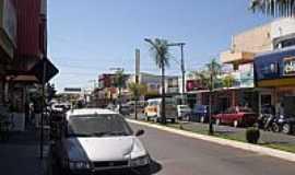 Minaçu - Minaçu-GO-Avenida central-Foto:Calpires