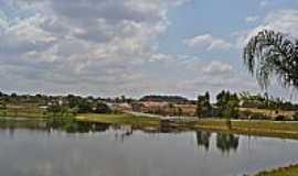Morrinhos - Morrinhos-GO-O Lago e a cidade-Foto:Arolldo Costa Olivei…