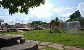Mutunópolis - Praça Municipal - foto - Fabiano Souza