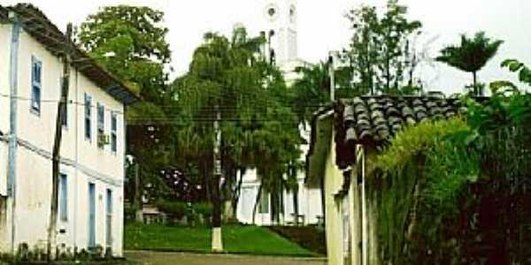Niquelândia-GO-Vista da Praça da Matriz-Foto:Silas Lima
