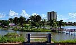 Palmeiras de Goiás - Palmeiras de Goiás-GO-Ilha no Lago Municipal-Foto:Arolldo Costa Oliveira