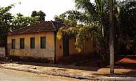 Palmeiras de Goiás - Palmeiras de Goiás-GO-Casa Centenária-Foto:wender marques