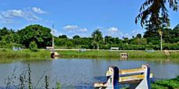 Palmeiras de Goiás-GO-Orla do Lago Municipal-Foto:Arolldo Costa Oliveira
