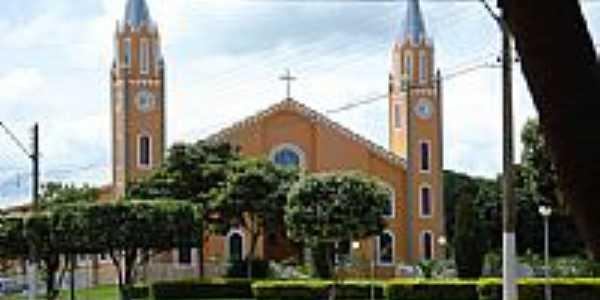 Igreja Católica de Paranaiguara-Foto:Jorge Edgar Meza Mon…