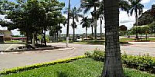 Praça da Prefeitura de Paraúna-Foto:Ricardo Mercadante