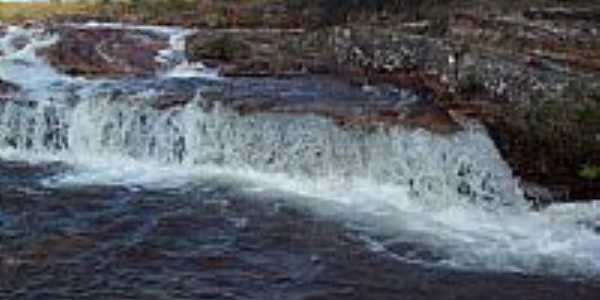 Piranhas-GO-Cachoeira Cabeceira Limpa-Foto:Juliani Ozarczuki