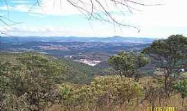 Pirenópolis - Pirenópolis-GO-Parque Estadual dos Pireneus, vista do Morro do Ventilador-Foto:Josue Marinho