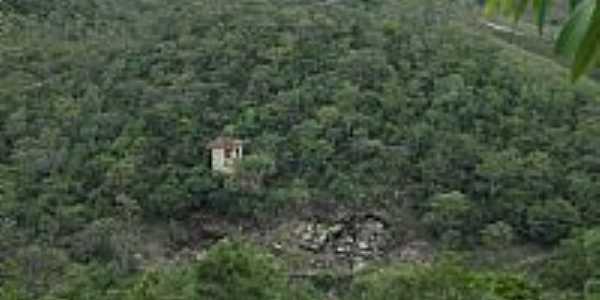 Piren�polis-GO-Casebre � beira do precip�cio em �rea rural-Foto:Pe. Edinisio Pereira�