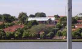 Quirin�polis - Vista Panoramica do Lago Sol Poente, Por Tulio