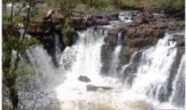 Quirin�polis - cachoeiras, Por paulo giacopiny