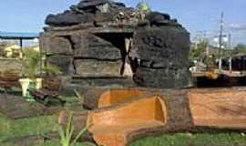 Santa Isabel - Monumento em Santa Isabel-Foto:Juliermesgme78