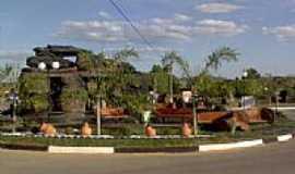 Santa Isabel - Pedras na entrada de Santa Isabel-Foto:Juliermesgme78