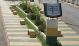 Santa Terezinha de Goiás - Praça da bíblia, Por jrag
