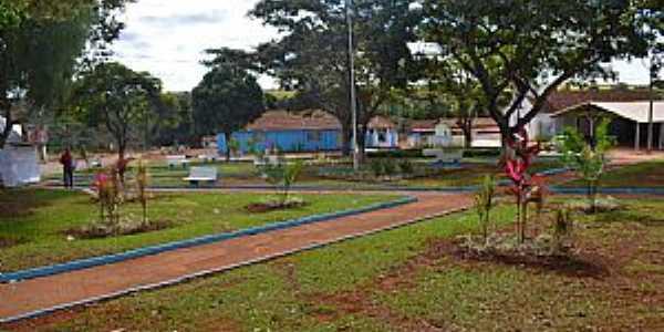 Santo Antônio do Rio Verde-GO-Pracinha no centro-Foto:badiinho.com.br