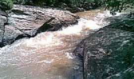 São Miguel do Passa Quatro - Poço da Pedra por Junio Inacio