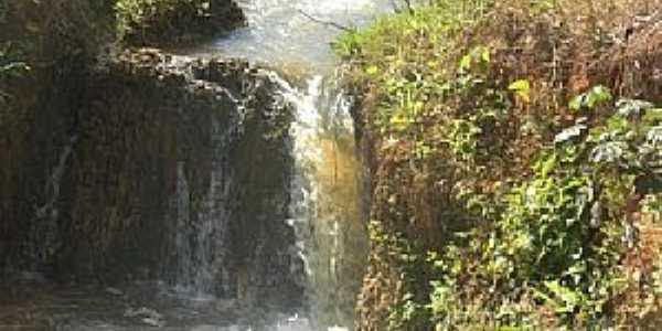 São Sebastião do Rio Claro-GO-Cachoeira para pegar iscas-Foto:João Luciano da Cunha