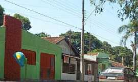 Taveira - Taveira-GO-Rua central-Foto:Facebook