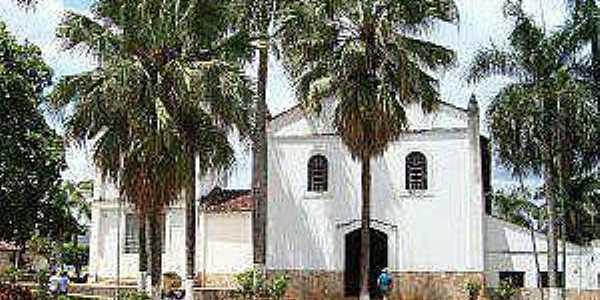 Taveira-GO-Igreja da Vila-Foto:Facebook
