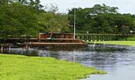 Lagoa Santa - Lagoa Santa-GO-Ilha na Lagoa Santa-Foto:Ricardo Mercadante