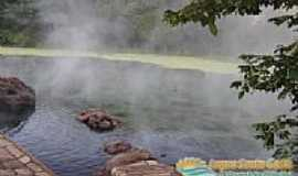 Lagoa Santa - Lagoa Santa-GO-Piscinas naturais de �guas quentes-Foto:www.lagoasantagoias