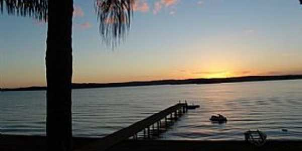 Tr�s Ranchos-GO-Pier no lago-Foto:Nilton Daibert Jr
