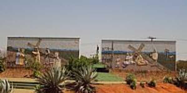 Trindade-GO-Terceira Esta��o,Rodovia dos Romeiros-Foto:Pe. Edinisio Pereira