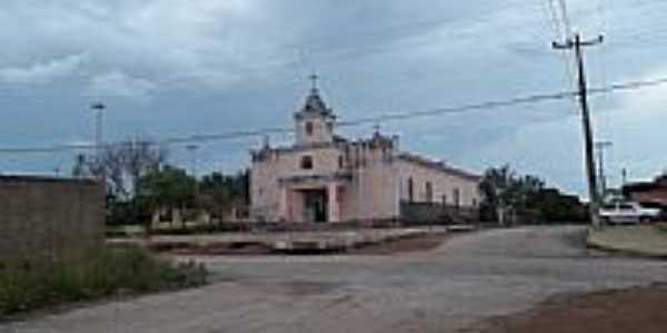 Igreja em Trombas-Foto:gilvanmorais