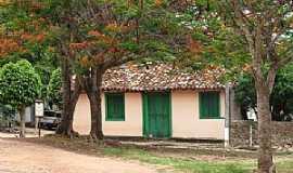 Tupiracaba - Tupiracaba-GO-Casa em meio o bosque-Foto:KleberCB