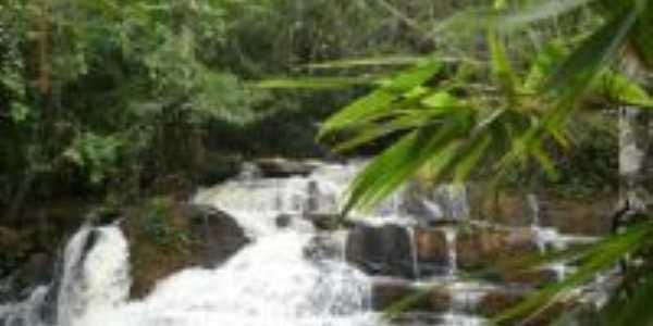 Cachoeira da Gameleira - Uruaçu-Go, Por Rogério Pacheco