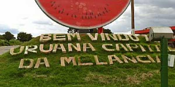 Uruana-GO-Trevo de entrada da cidade-Foto:Adilson Barbosa