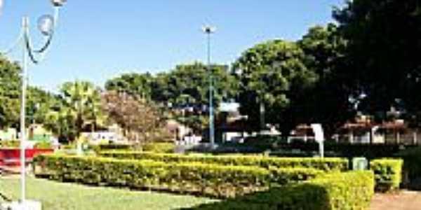 Praça central-Foto:luzinhabeg