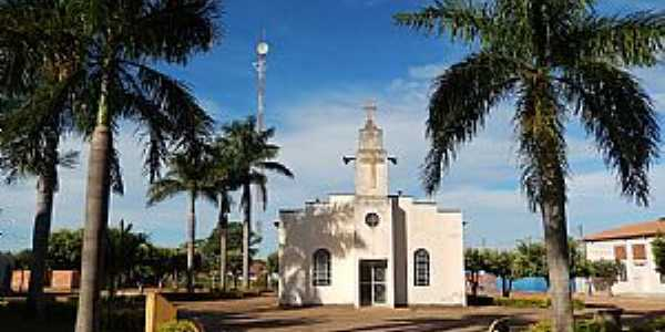 Vila Propício-GO-Igreja no Povoado Assunção de Goiás-Foto:W Azevedo