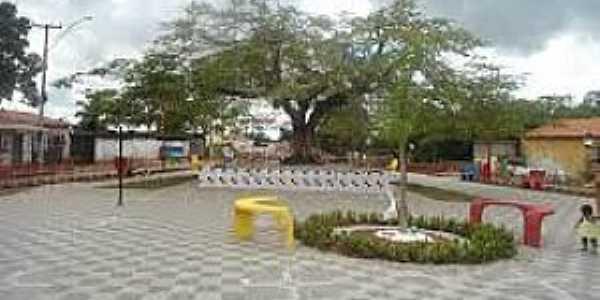 Altamira do Maranhão-MA-Praça 20 de Janeiro-Foto:altamiradomara.blogspot.com