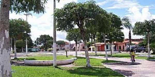 Alto Alegre do Pindaré-MA-Praça Padre André-Foto:Nando Cunha