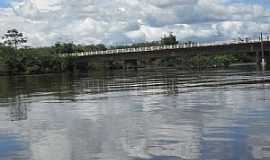 Araguanã - Araguanã-MA-Ponte sobre o Rio Turi-Foto:Vania Silva