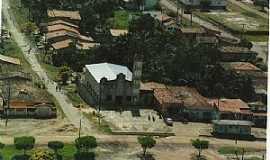 Araguanã - Araguanã-MA-Vista aérea da Matriz no centro-Foto:Vania Silva