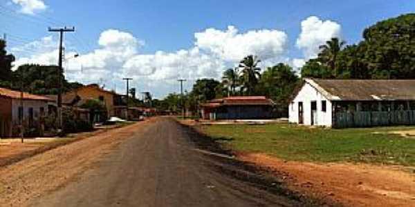 Aurizona-MA-Avenida principal-Foto:revistacarasenomes.