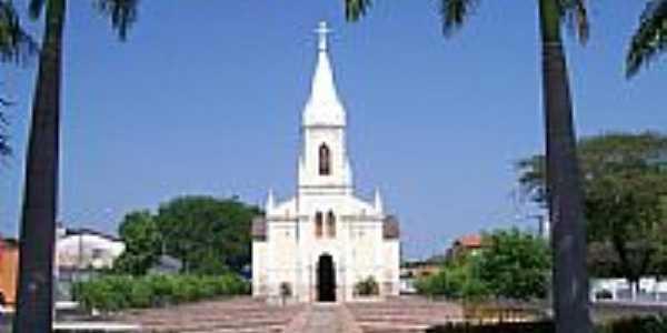 Igreja de Santa Teresinha em Bacabal-Foto:Nando Cunha - 1