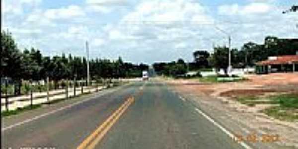 Rodovia BR-316 passando por Bela Vista do Maranhão-MA-Foto:J.WILSON
